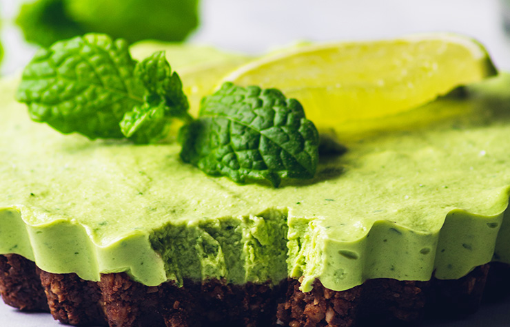Close up of delicious vegan mint chocolate cheesecake